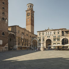 Piazza dei Signori (Verona)