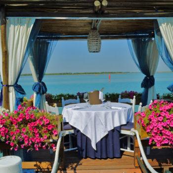 Matrimonio Spiaggia Bibione : Matrimonio in spiaggia agenzia bella vita